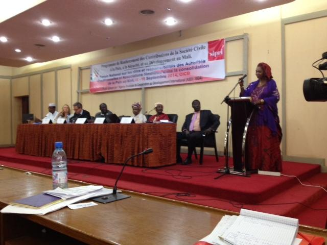 16–18 September 2014, Bamako, Mali: (SIPRI–CONASCIPAL) Closing ceremony for the National Forum of Traditional Authorities and Women's Associations in the Consolidation for Peace in Mali.