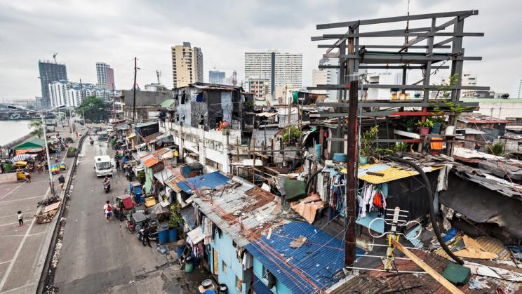 Slums and high-rise buildings in Manila, Philippines