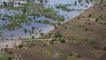 Devastating flooding in Akobo, South Sudan, a country where a United Nations Peacekeeping Operation is present. Flickr/UNMISS.